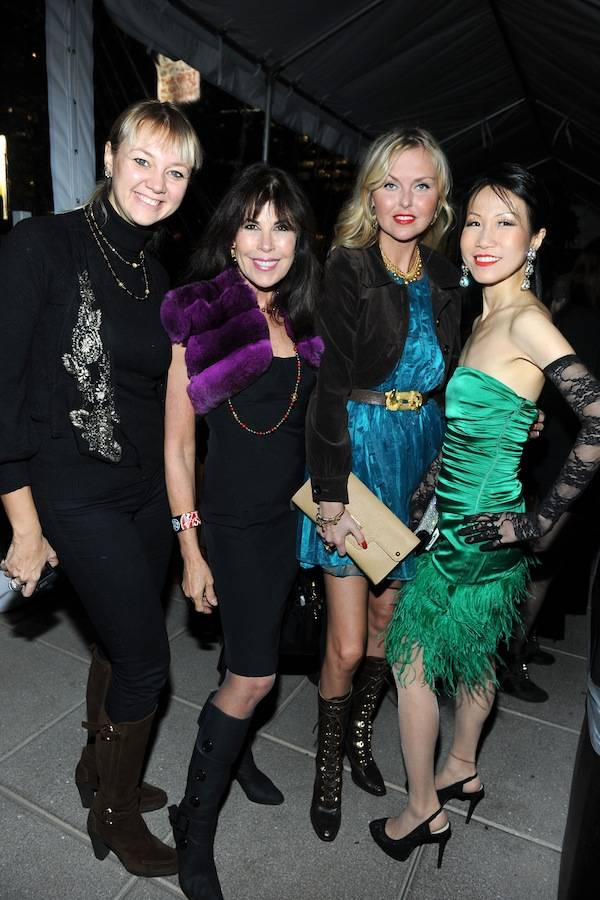 "JEAN SHAFIROFF Hosts Party For ROSE HARTMAN'S Book ""Incomparable Women of Style"" Benefitting The Couture Counci"
