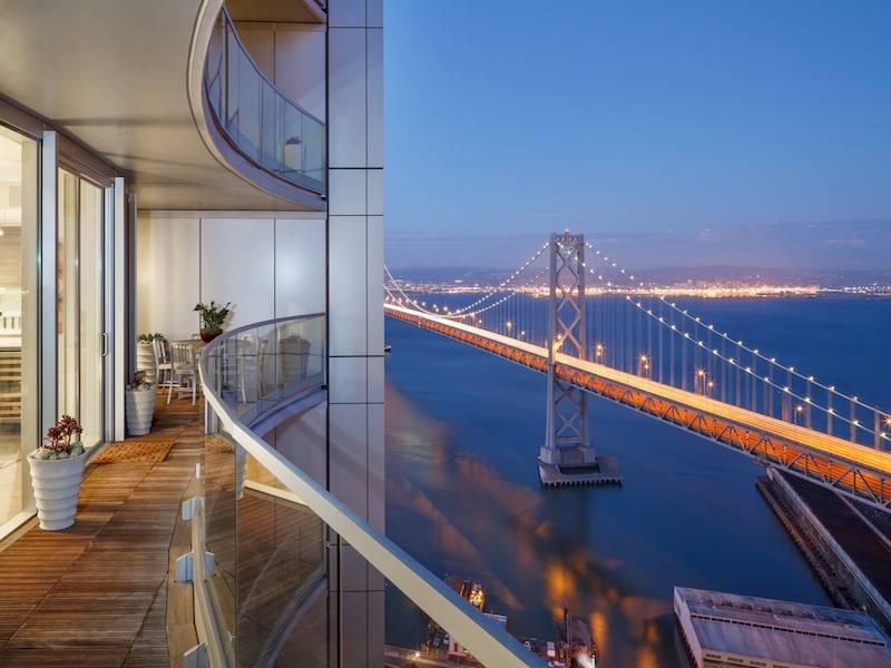 Infinity Duplex with Bay & City Views-1
