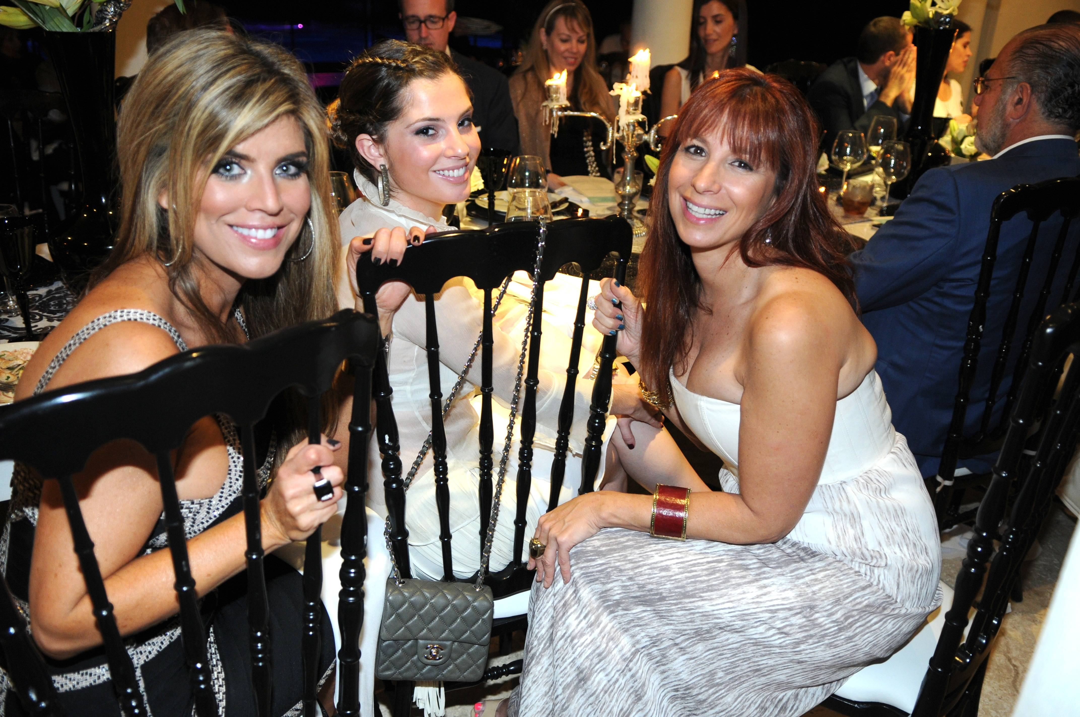 02 Ana Quincoces, daughter Kati, and Jill Zarin at the Penn Medicine fundraising dinner.