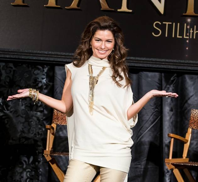 11_30_12_shania_twain_press_kabik-579-2