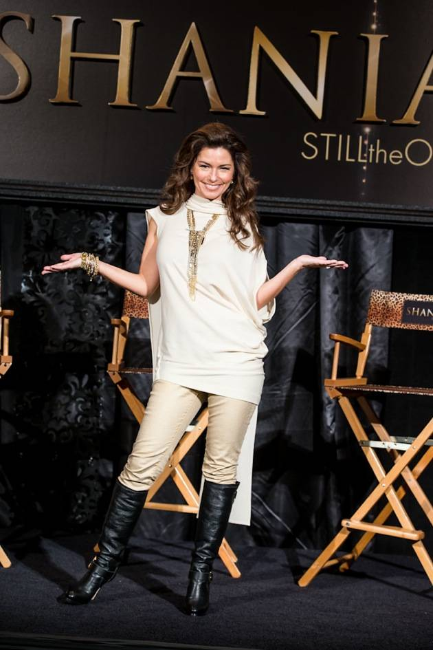 11_30_12_shania_twain_press_kabik-579