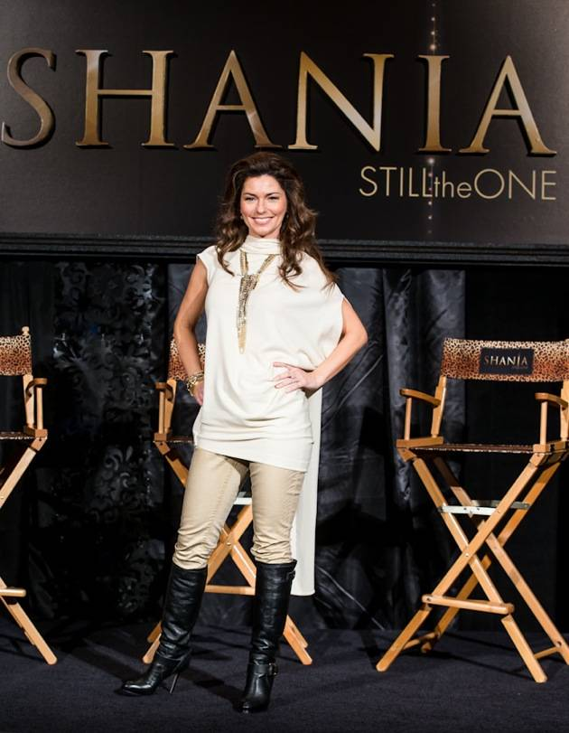 11_30_12_shania_twain_press_kabik-594