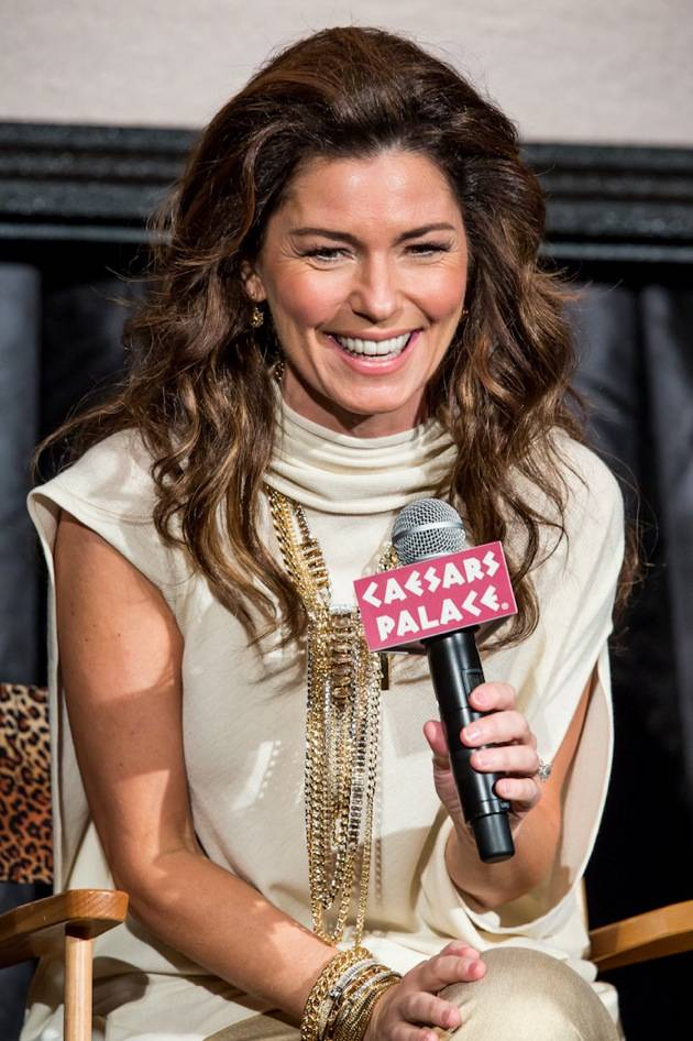 11_30_12_shania_twain_press_kabik-761