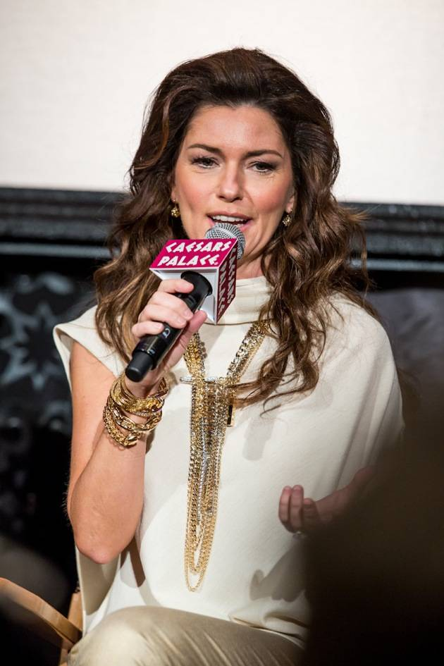 11_30_12_shania_twain_press_kabik-803