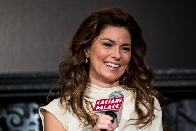 11_30_12_shania_twain_press_kabik-854