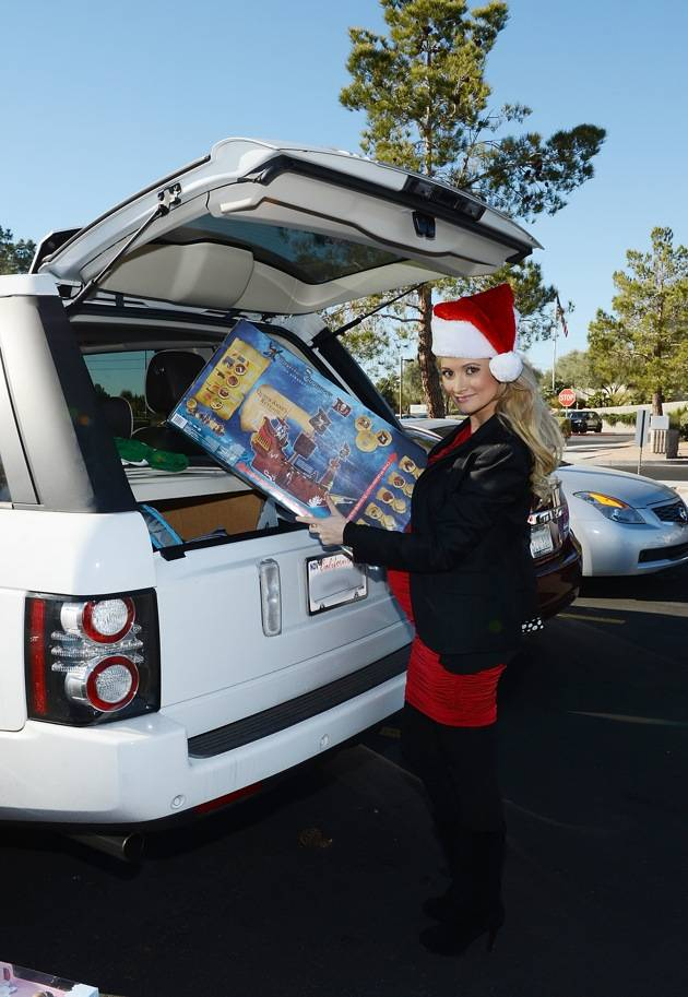 98.5 KLUC 14th Annual Chet Buchanan And The Morning Zoo Toy Drive Toy Drive - Las Vegas