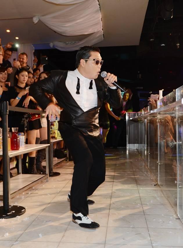 Korean Superstar PSY  Kicks Off New Year's Eve