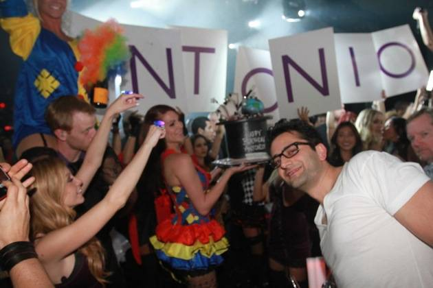 Antonio Esfandiari celebrates bday at Marquee