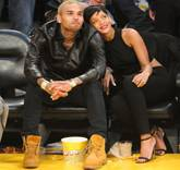 FEATchris-brown-rihanna-christmas-day-2012-lakers-game-together