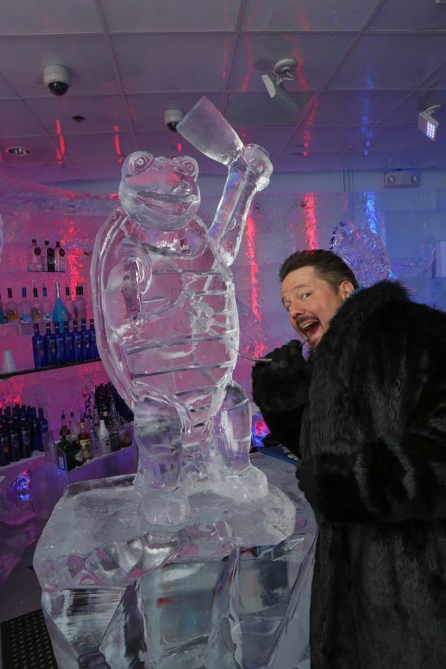 Minus5 Ice Bar Celebrity Cocktail with Terry Fator - with Winston the Impersonating Turtle Sculpture