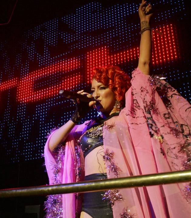 Neon Hitch performs at Chateau Nightclub