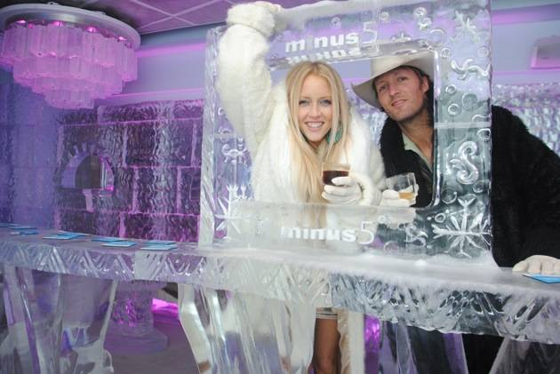 Pauline Reese Visits Minus5 Ice Bar at MandalayBay 2