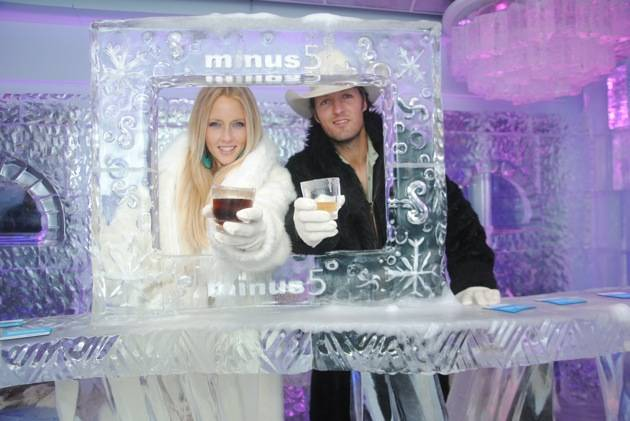 Pauline Reese Visits Minus5 Ice Bar at MandalayBay 3