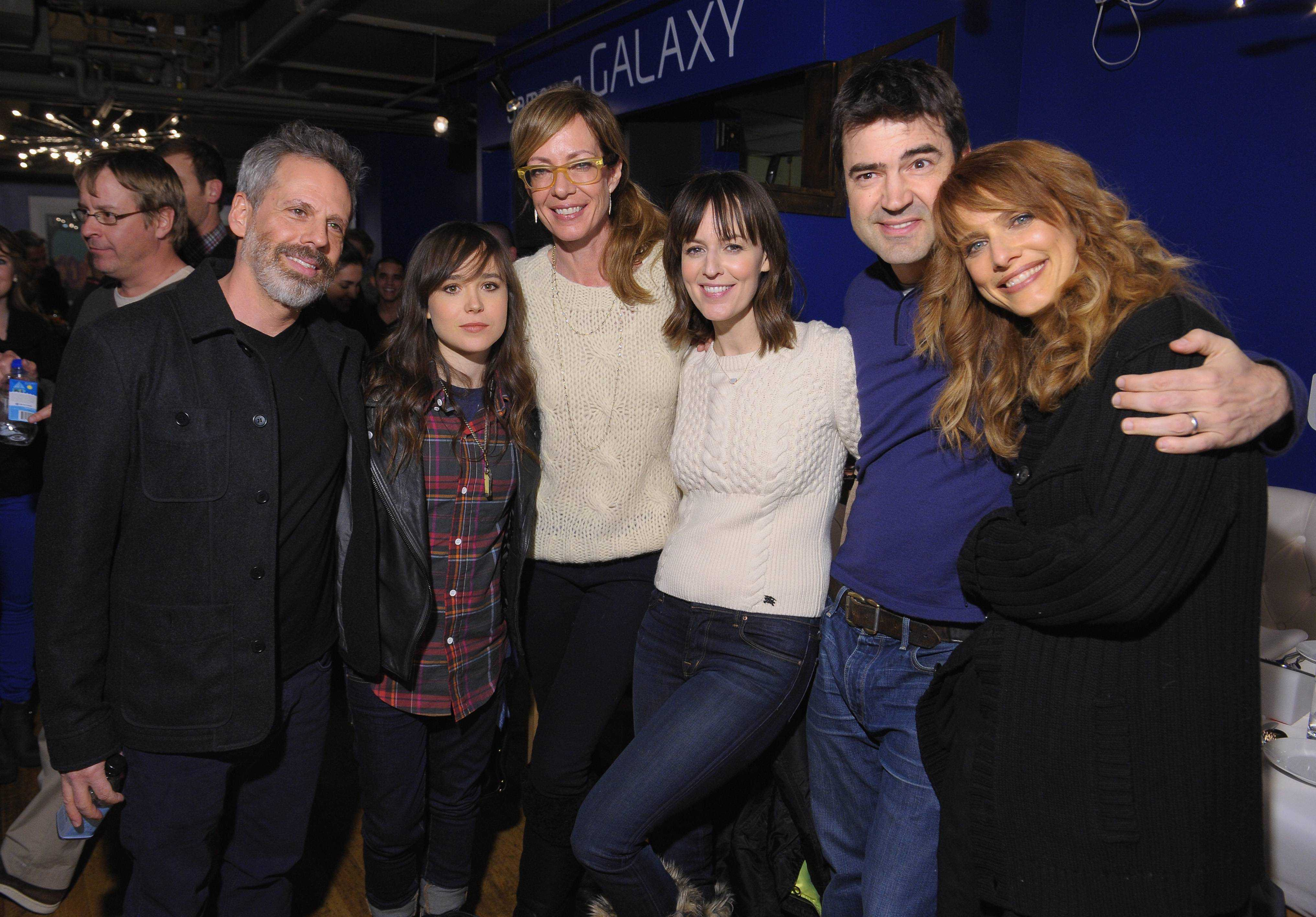 The Samsung Galaxy Lounge Hosts Cast Dinners For