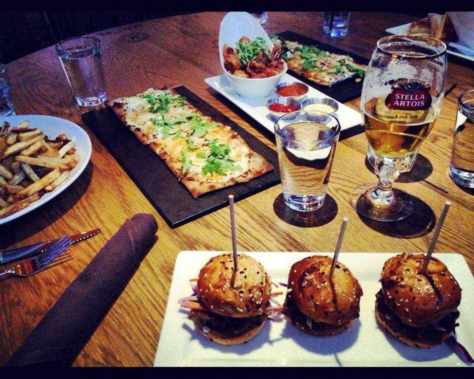 Municipal bar dining an upscale sports bar haute living - Cuisine soort ...