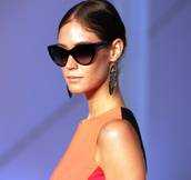 Model with Sunglasses.172