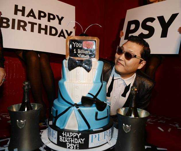Korean Superstar PSY  Kicks Off New Year's Eve