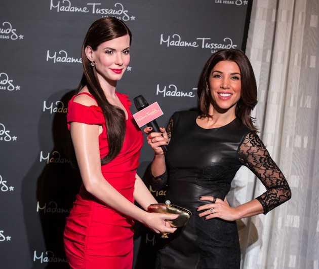 Sandra Bullock figure unveiled at Madame Tussauds in Las Vegas, NV