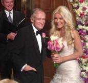 newlyweds-hugh-hefner-and-crystal-harris-share-wedding-pictures