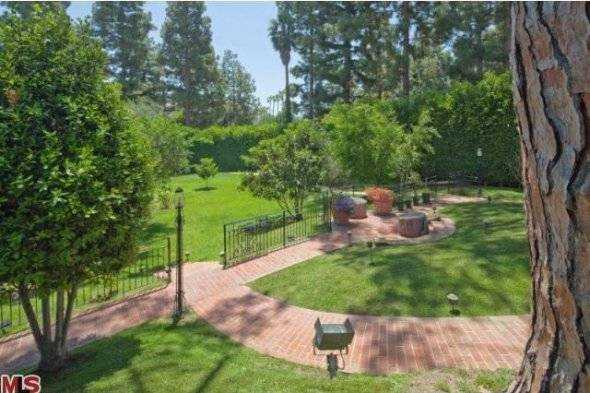 now-lets-check-out-the-two-acre-property