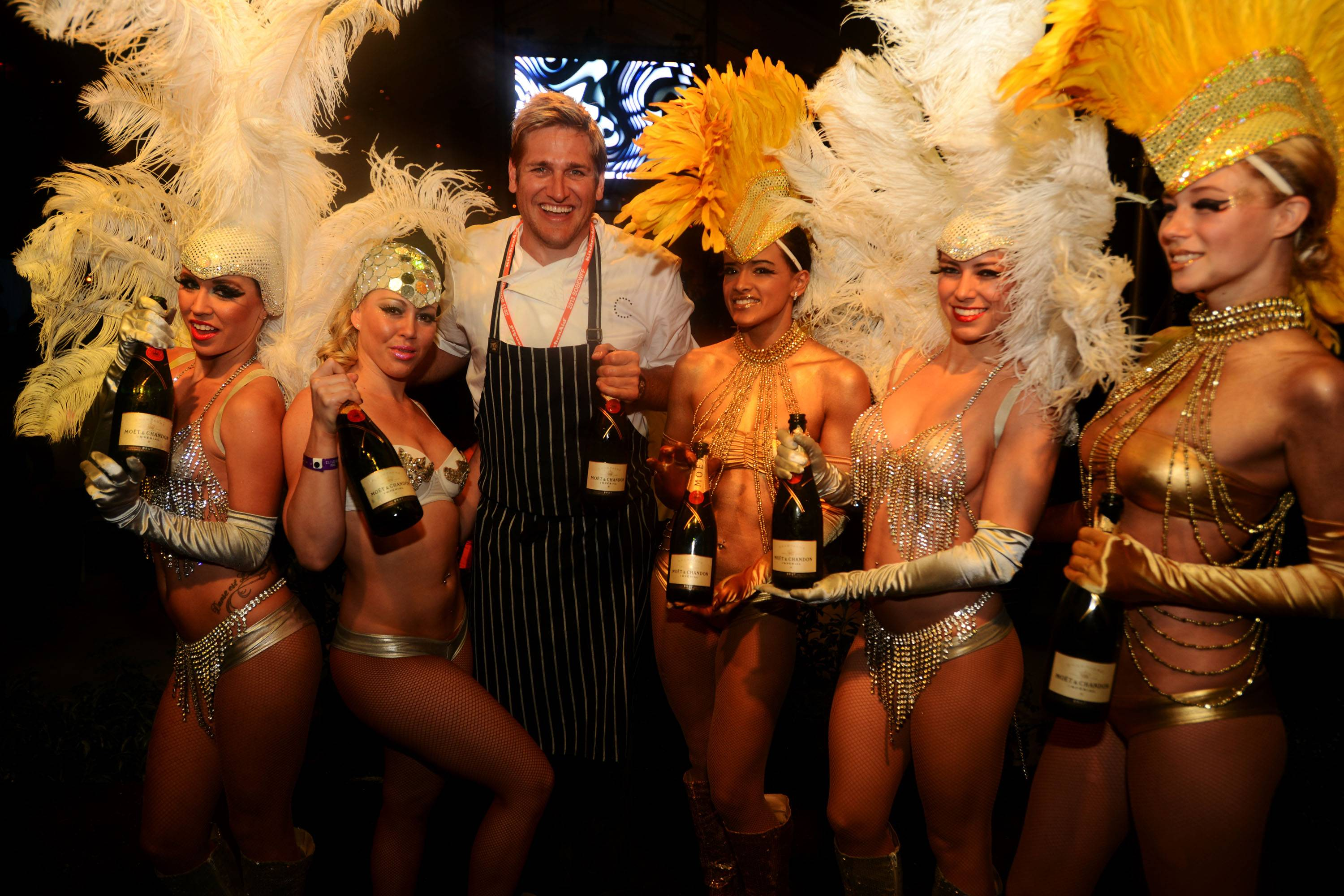Curtis Stone Popping Moet11