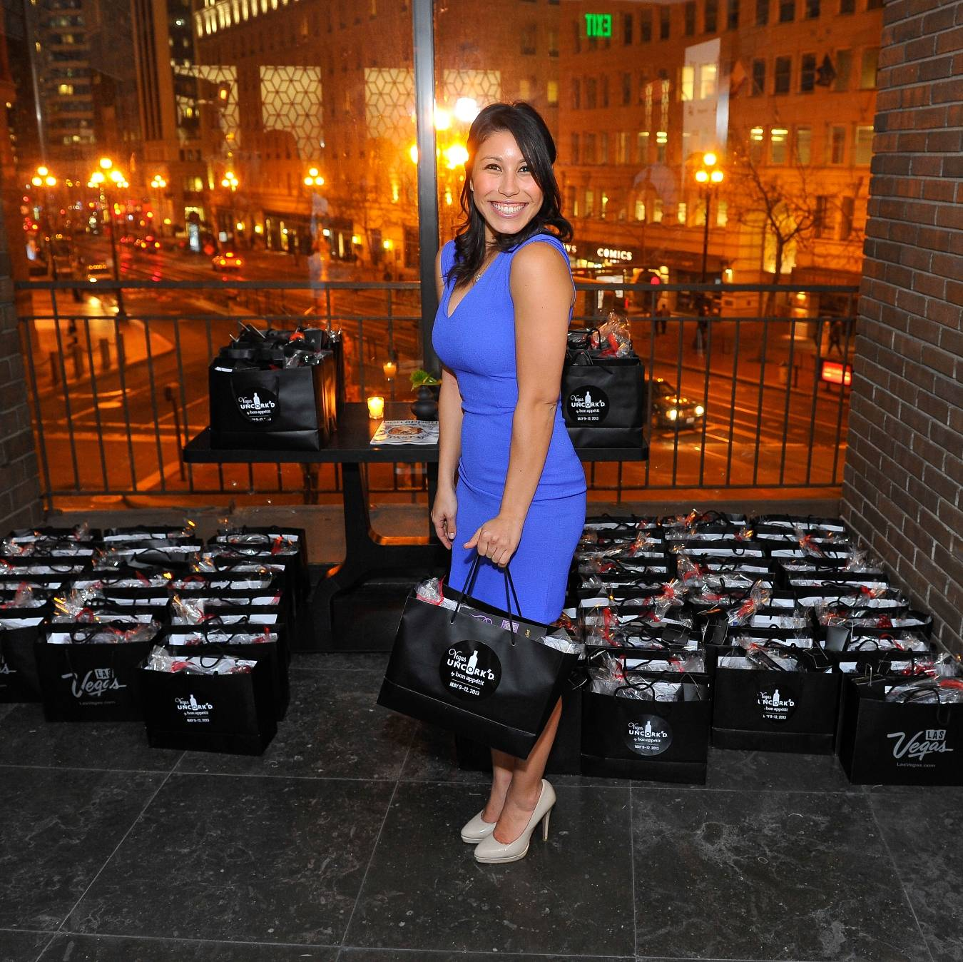Guest Leaves Preview of Vegas Uncork'd by Bon Appetit with Gift Bag