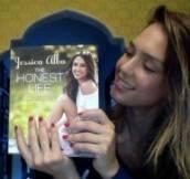 JessicaAlbaTheHonestLife_2013_2-thumb