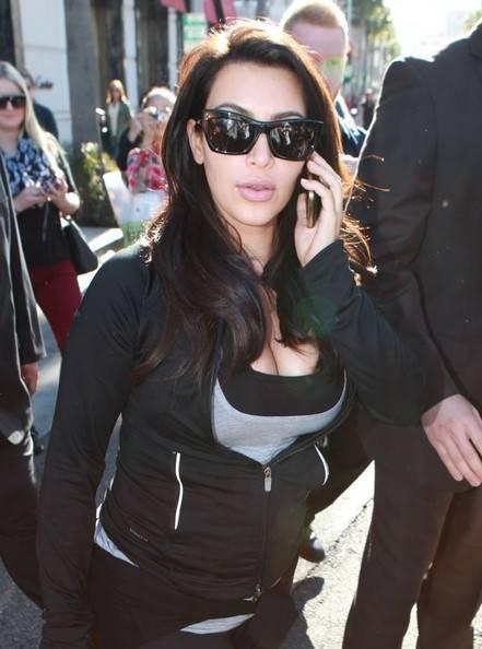 Kim+Kardashian+Kim+Kardashian+Buys+Jewelry+N0Vok8_Bi6nl