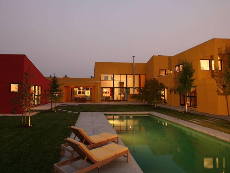 Stunning Modern Estate-1