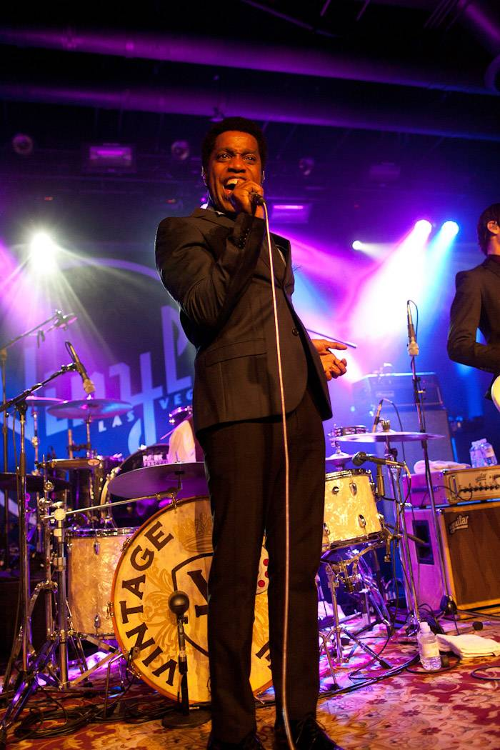 Vintage Trouble 2.9.2013 by Karen Mandall-30