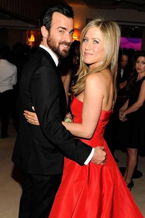 item46.rendition.slideshowWideVertical.04-Justin-Theroux-Jennifer-Aniston
