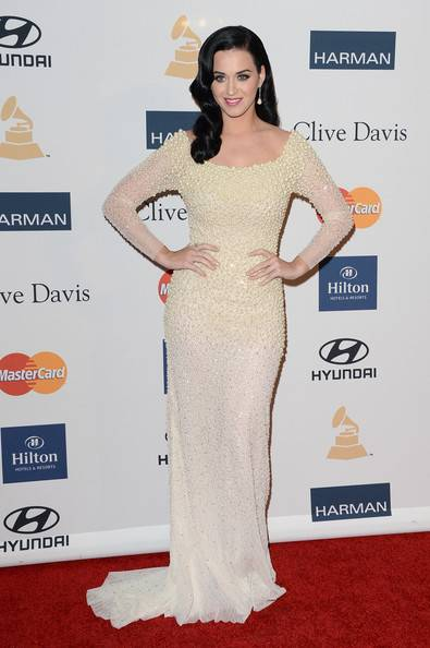 katy-perry-2013-Clive-Davis-pregrammy-party