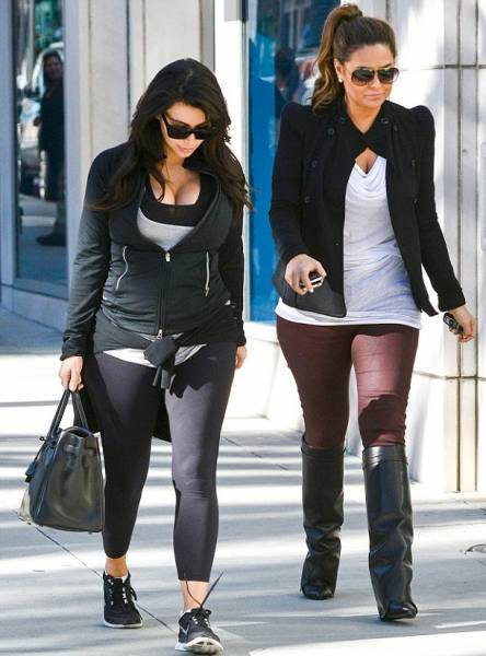 Kim Kardashian and her baby bump go shopping in Beverly Hills