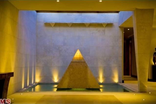 pyramid9