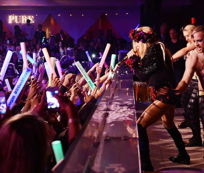 Pop Sensation Ke$ha Celebrates PURE Nightclub's Anniversary With Live Performance