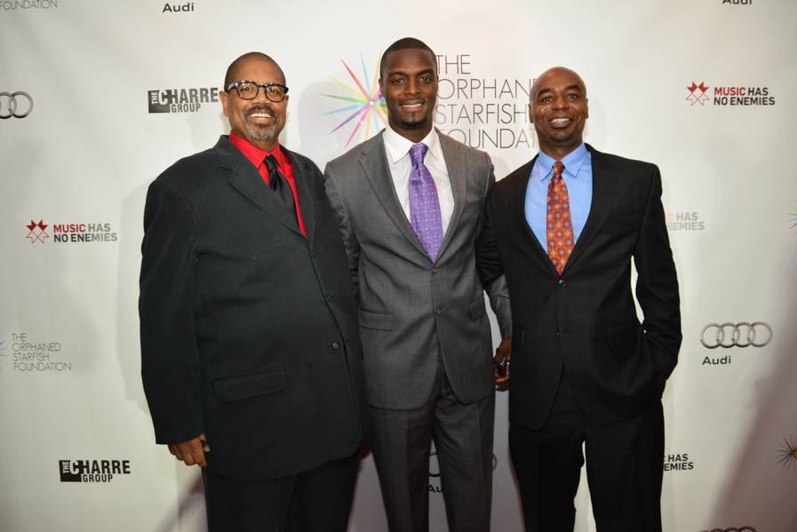 Greg Howard, Plaxico Burress, Kevin Brown