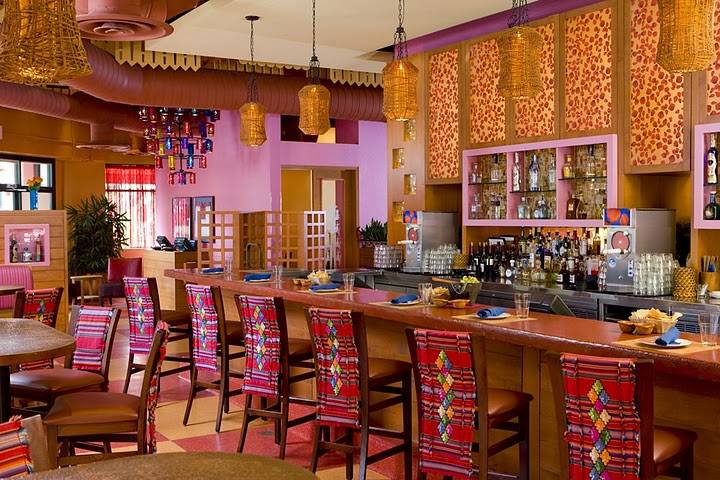The Beloved Ny Restaurant Known For Their Table Side Guacamole Has Two Miami Outposts With Chic Mexican Inspired Decor And A High Quality Ings