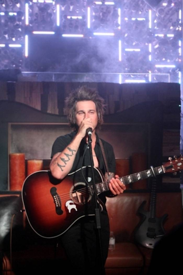 Ryan Cabrera performs acoustic set at Hyde Bellagio, Las Vegas, 3.28.13 (3)