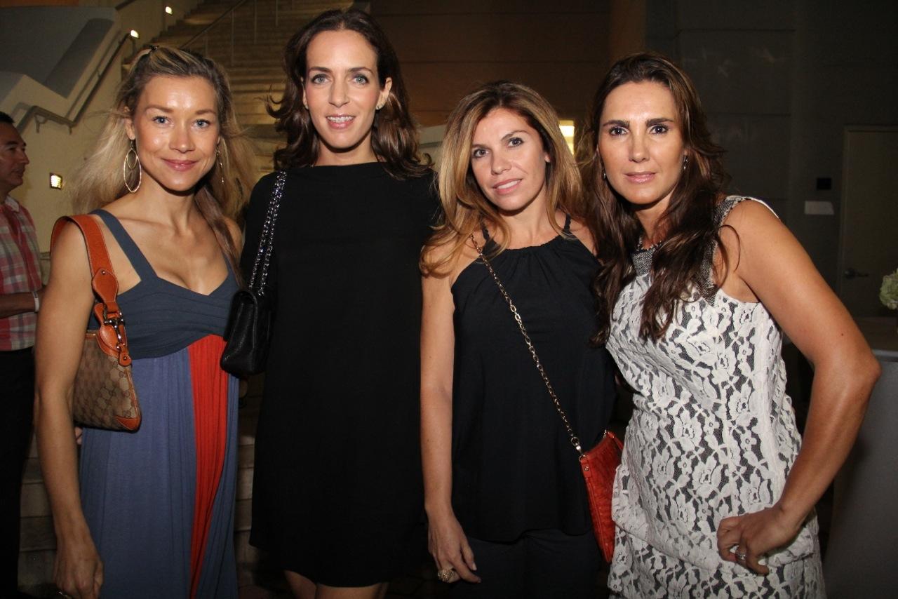 Sophie Bamps, Sandra Savini, Clara Romero, Karla Bueno[1]