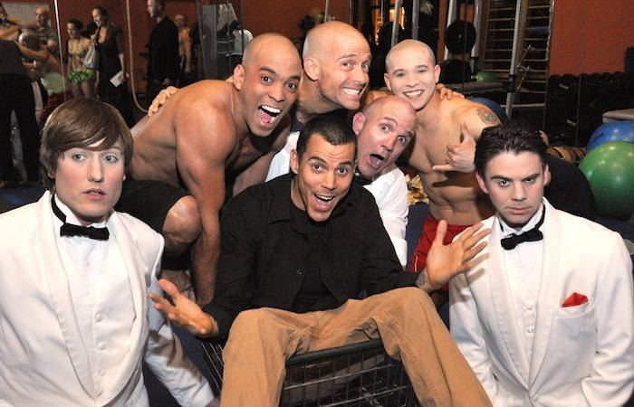 Steve-O with clown performers from Le Reve - The Dream_Courtesy of Wynn Las Vegas