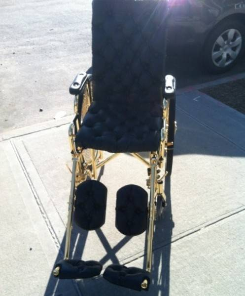lady-gaga-24k-gold-wheelchair-8-600×804