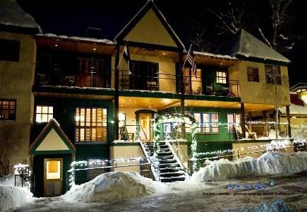 Hotel Lenado; Credit: Priceline
