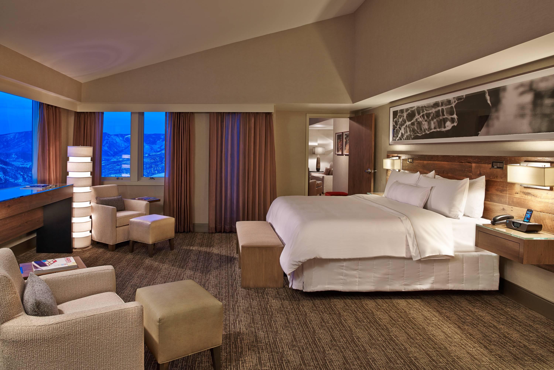 15 Westin Suite Bedroom