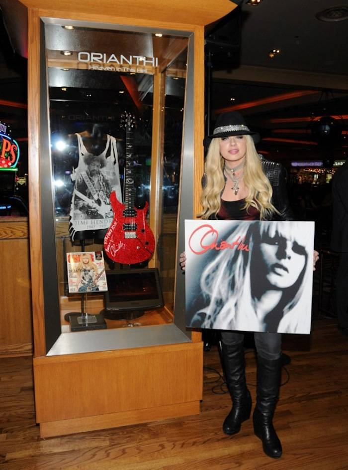 4.25.13 Orianthi Unveils Her New Memorbilia Case Exclusively at Hard Rock Hotel & Casino, credit Scott Harrison