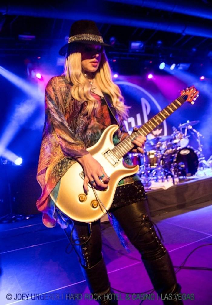4.25.13 Orianthi at Vinyl in Hard Rock Hotel & Casino, credit Joey Ungerer (2)