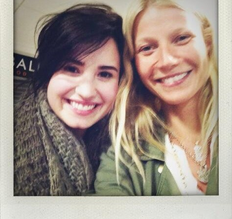 Gwyneth Paltrow snapped a pic with her daughter's favorite, Demi Lovato.