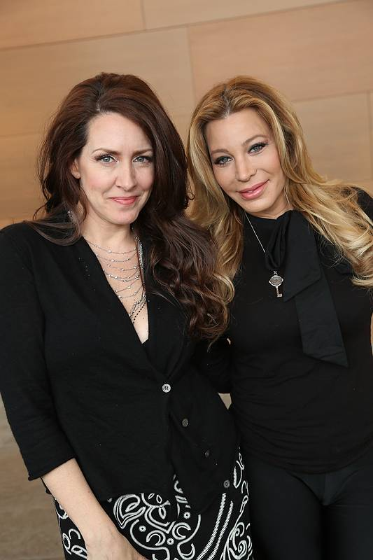 Joely Fisher, Taylor Dayne