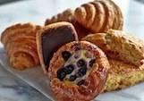 Mercato-Pastries-Andrew-Mea