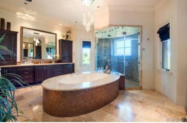 0430-mitch-richmond-calabasas-mansion-21-628x415