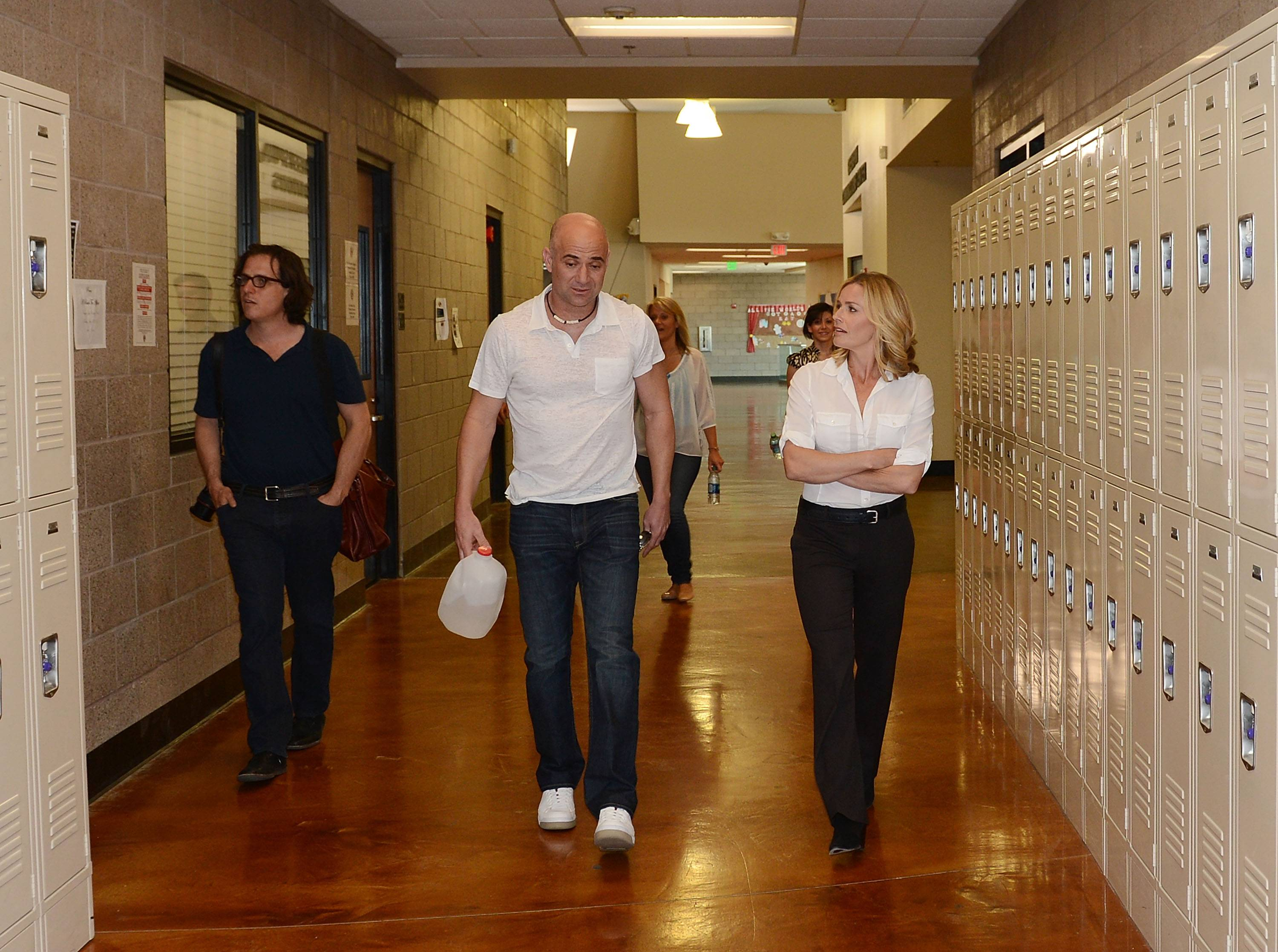 Elisabeth Shue Visits Students At Andre Agassi Prep